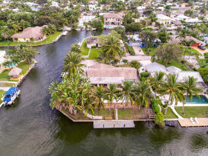 Corner waterfront lot with over 225 feet of waterfrontage.