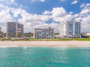 2909 S Ocean Boulevard, 2d2, Highland Beach, FL 33487
