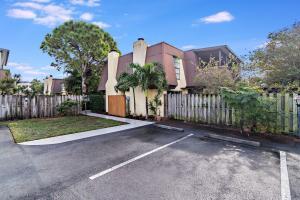 3534 Gardens East Drive, B, Palm Beach Gardens, FL 33410