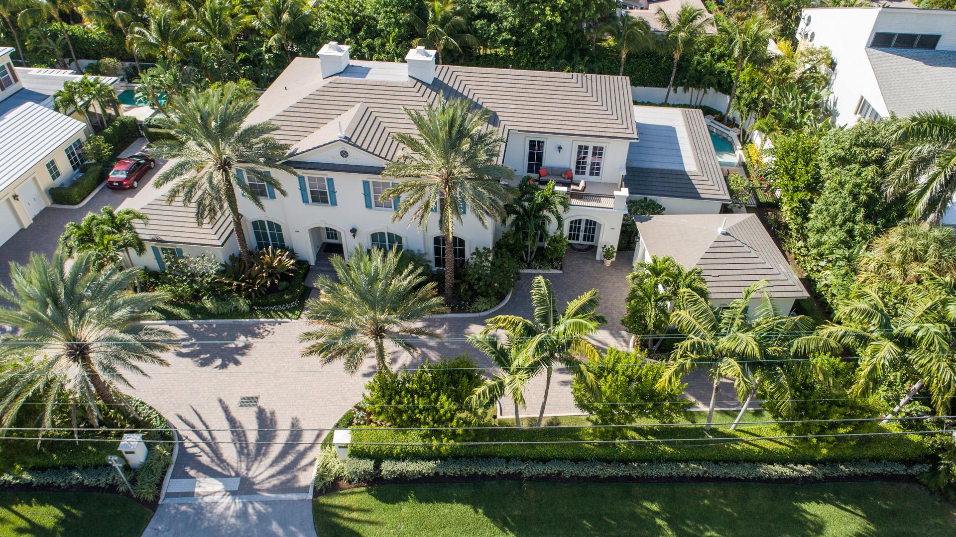 4010 Ocean Boulevard, Gulf Stream, Florida 33483, 3 Bedrooms Bedrooms, ,3.1 BathroomsBathrooms,Townhouse,For Sale,Villas of 4001 N Ocean,Ocean,2,RX-10583558