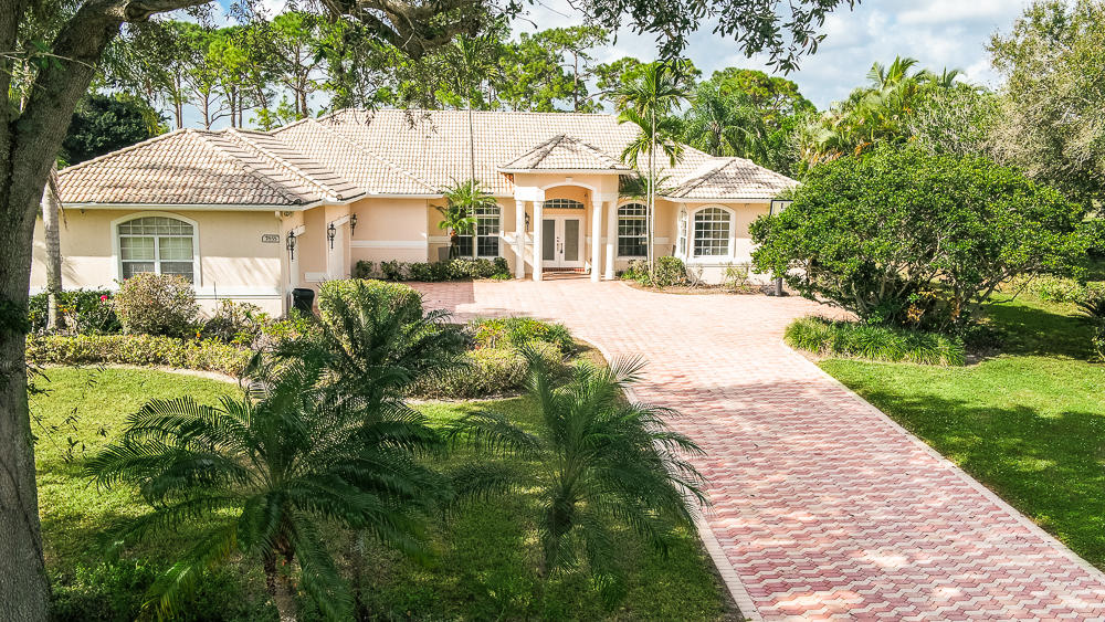 Photo of 7855 Woodsmuir Drive, Palm Beach Gardens, FL 33412
