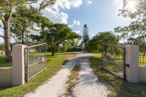 16126 Hollow Tree Lane, Wellington, FL 33470