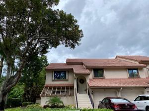 5640 Coach House Circle, E, Boca Raton, FL 33486
