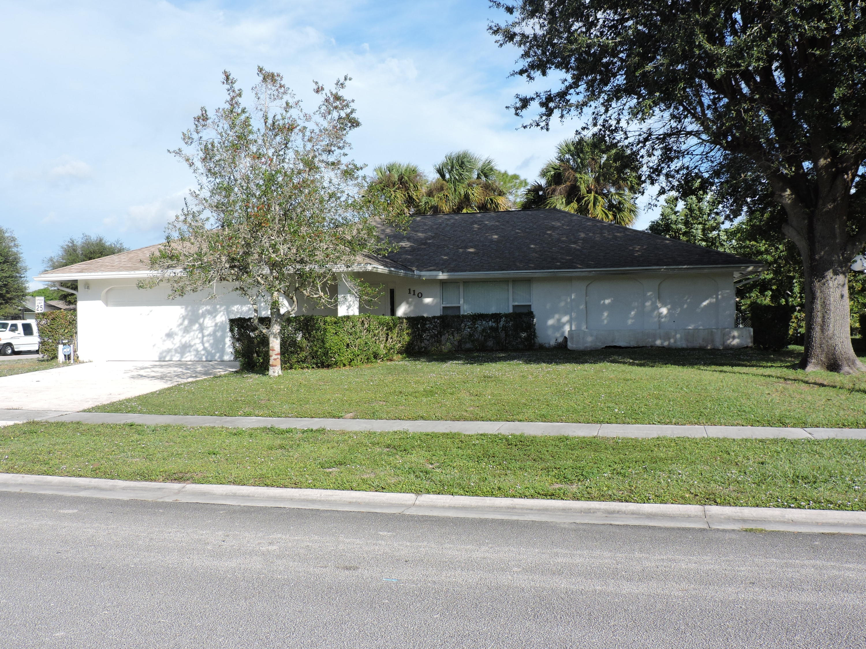 110 Sunflower Circle, Royal Palm Beach, FL 33411