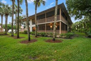 224 Brackenwood Terrace, Palm Beach Gardens, FL 33418