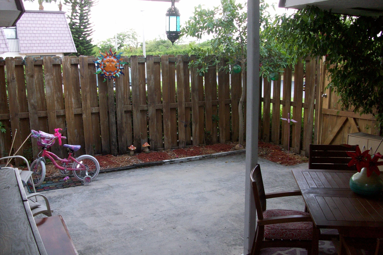 7561 Courtyard Run Boca Raton, FL 33433