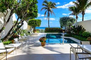 10 Sloans Curve Drive, Palm Beach, FL 33480