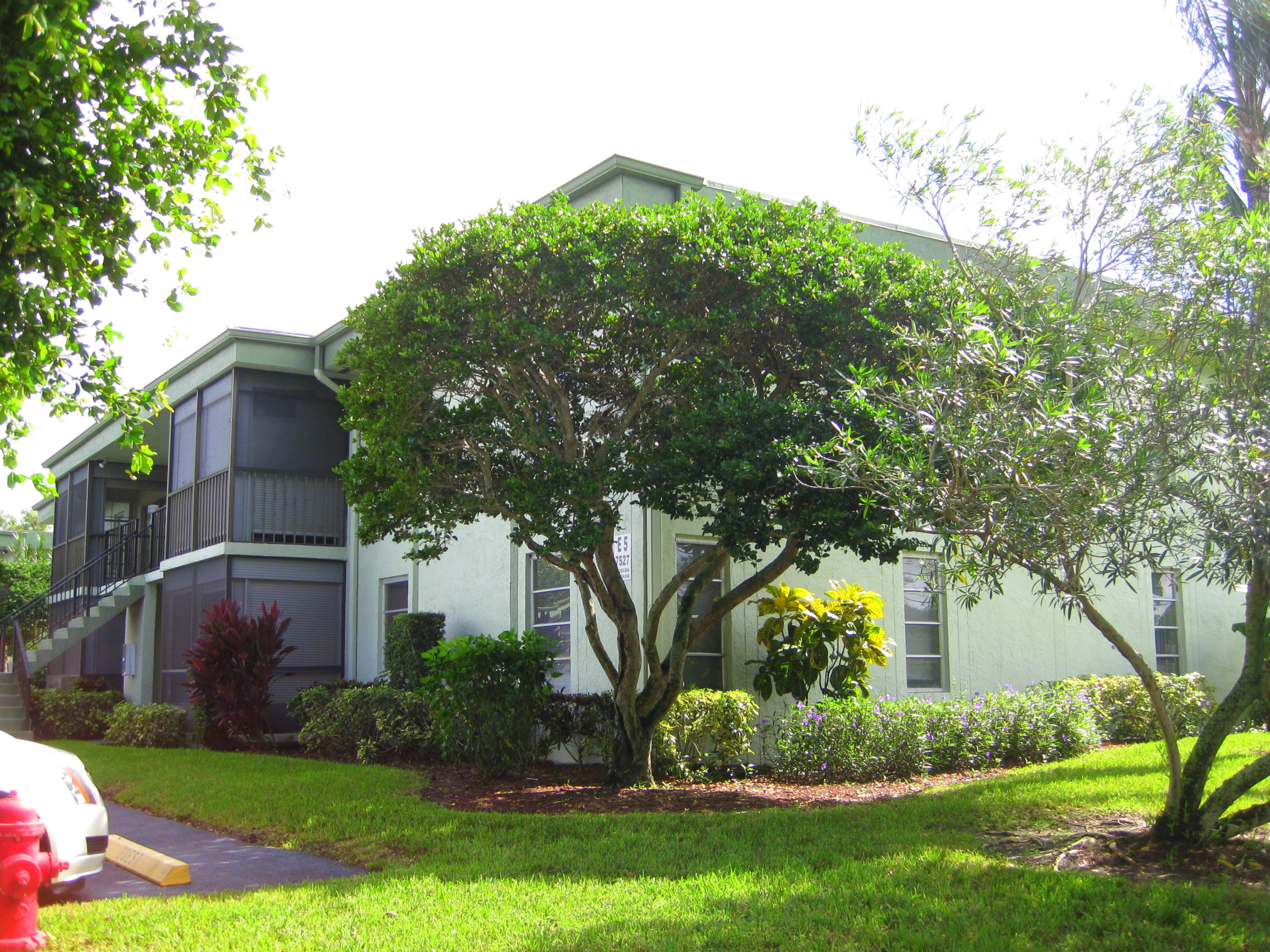 7527 Oriole Boulevard, Delray Beach, Florida 33446, 1 Bedroom Bedrooms, ,2 BathroomsBathrooms,Residential,for Rent,EVERGREEN - VILLAGES OF ORIOLE,Oriole,RX-10586240, , , ,for Rent