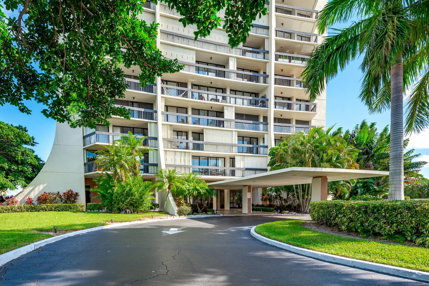 2000 Presidential Way 501, West Palm Beach, FL 33401