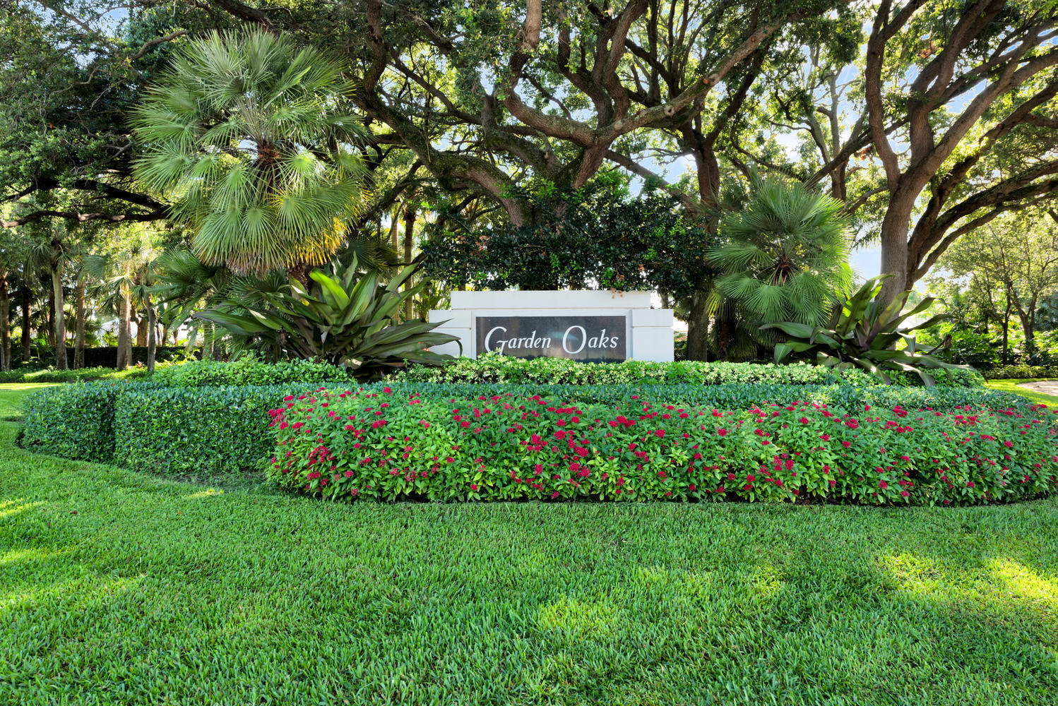 Photo of 4047 Grove Point Road, Palm Beach Gardens, FL 33410