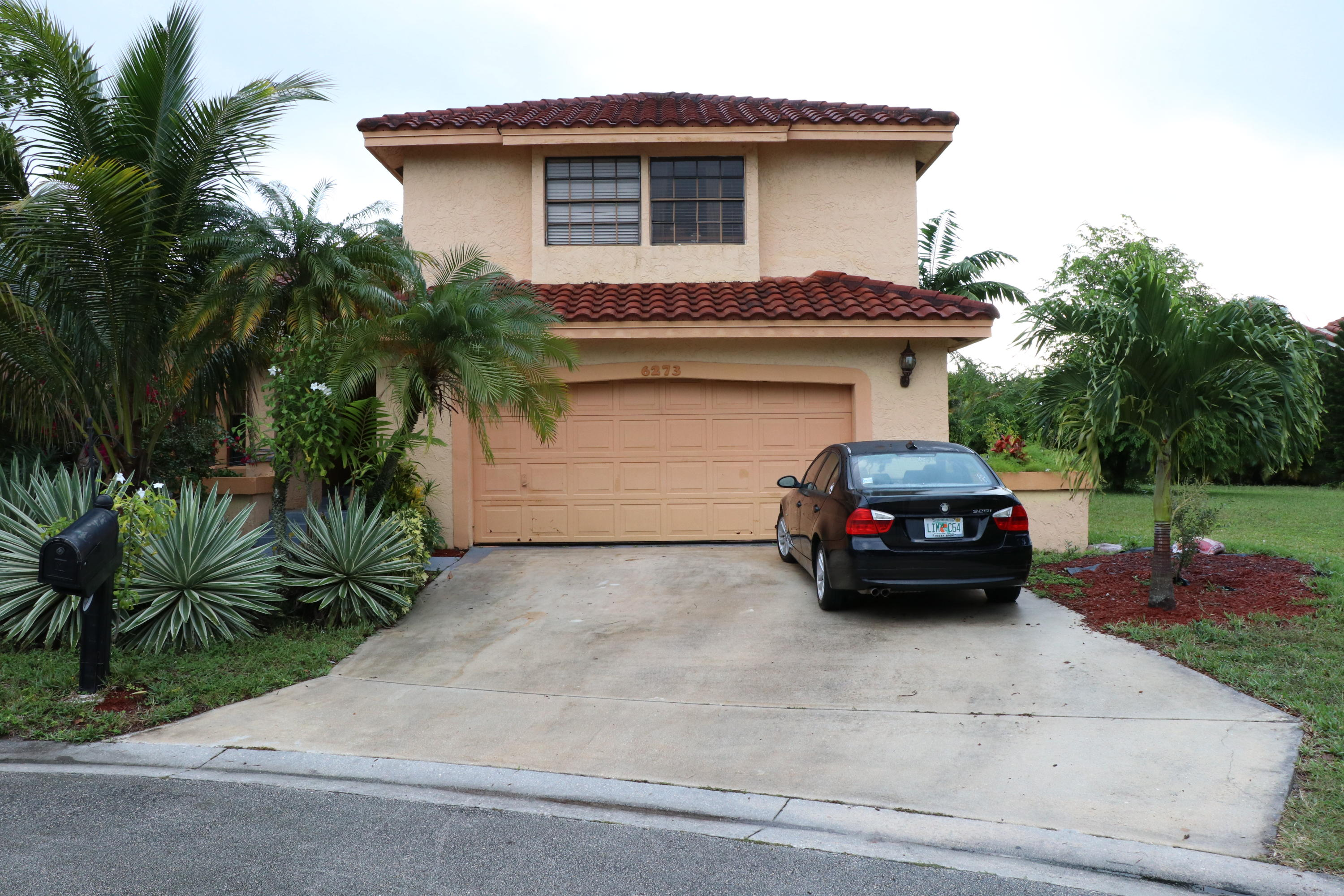 6273 NW 52nd Street