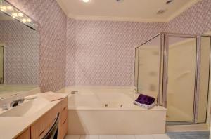 5695 Nw 24th Terrace Boca Raton FL 33496