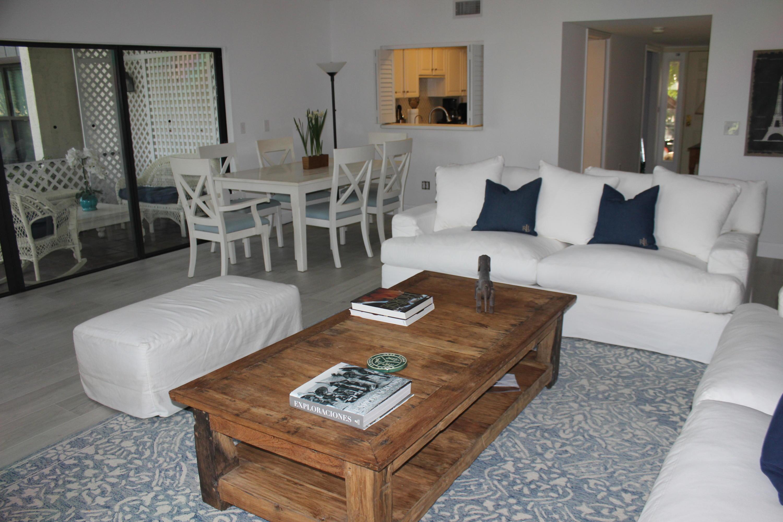 Wellington, Florida 33414, 3 Bedrooms Bedrooms, ,3 BathroomsBathrooms,Rental,For Rent,Polo Rd W,RX-10588869