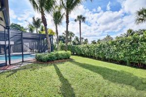 17829 Scarsdale Way Boca Raton FL 33496