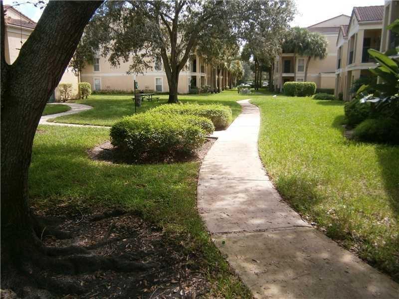 949 Riverside, Coral Springs, Florida 33071, 1 Bedroom Bedrooms, ,1 BathroomBathrooms,Residential,for Rent,SAVANNAH,Riverside,RX-10591479, , , ,for Rent