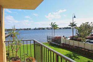 1206 S Lake Drive, 203, Lantana, FL 33462