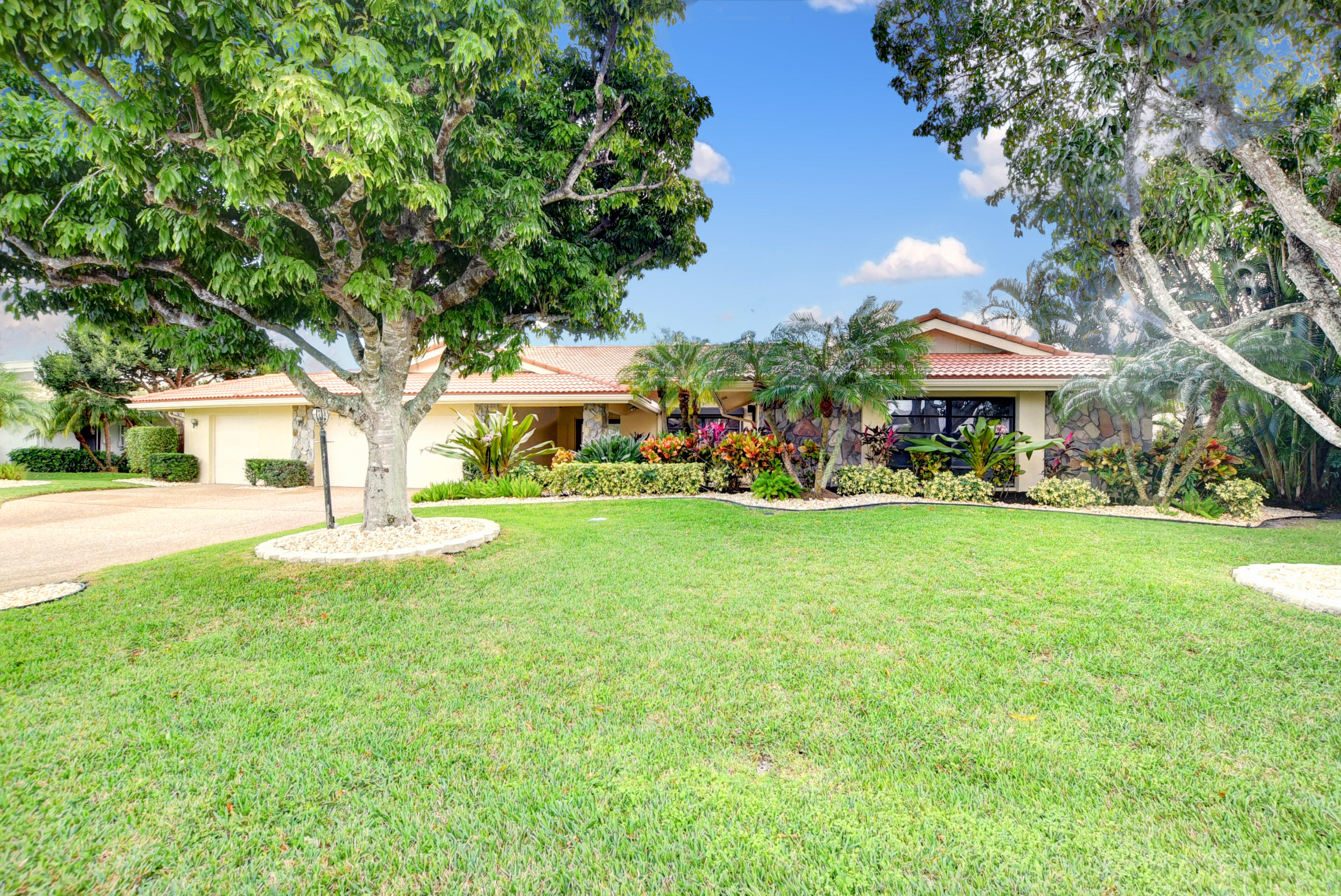 Photo of 5103 Pineview Circle, Delray Beach, FL 33445