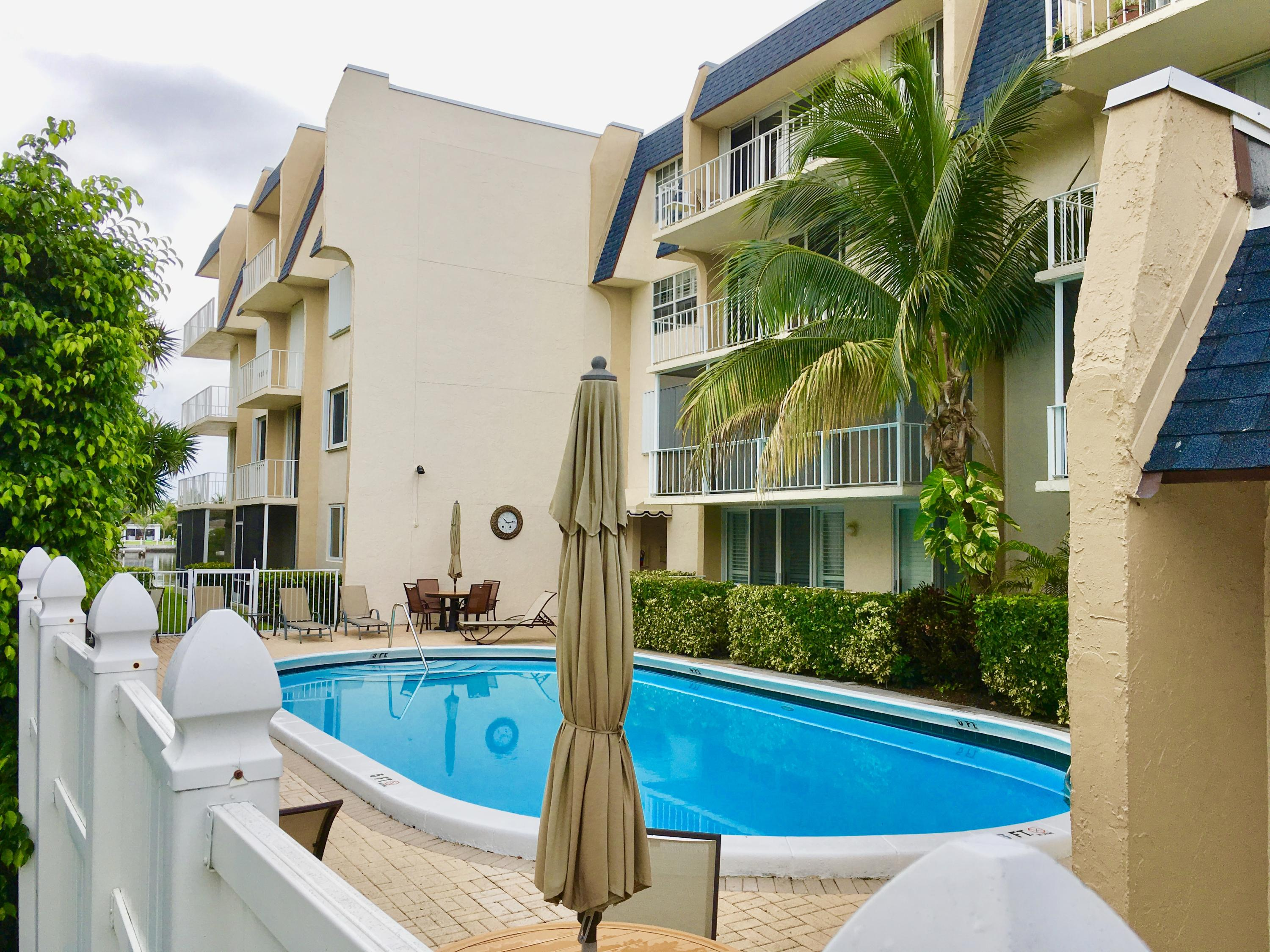 3575 Ocean Boulevard, South Palm Beach, Florida 33480, 2 Bedrooms Bedrooms, ,2 BathroomsBathrooms,Residential,for Rent,The Brittany Condos,Ocean,RX-10589728, , , ,for Rent