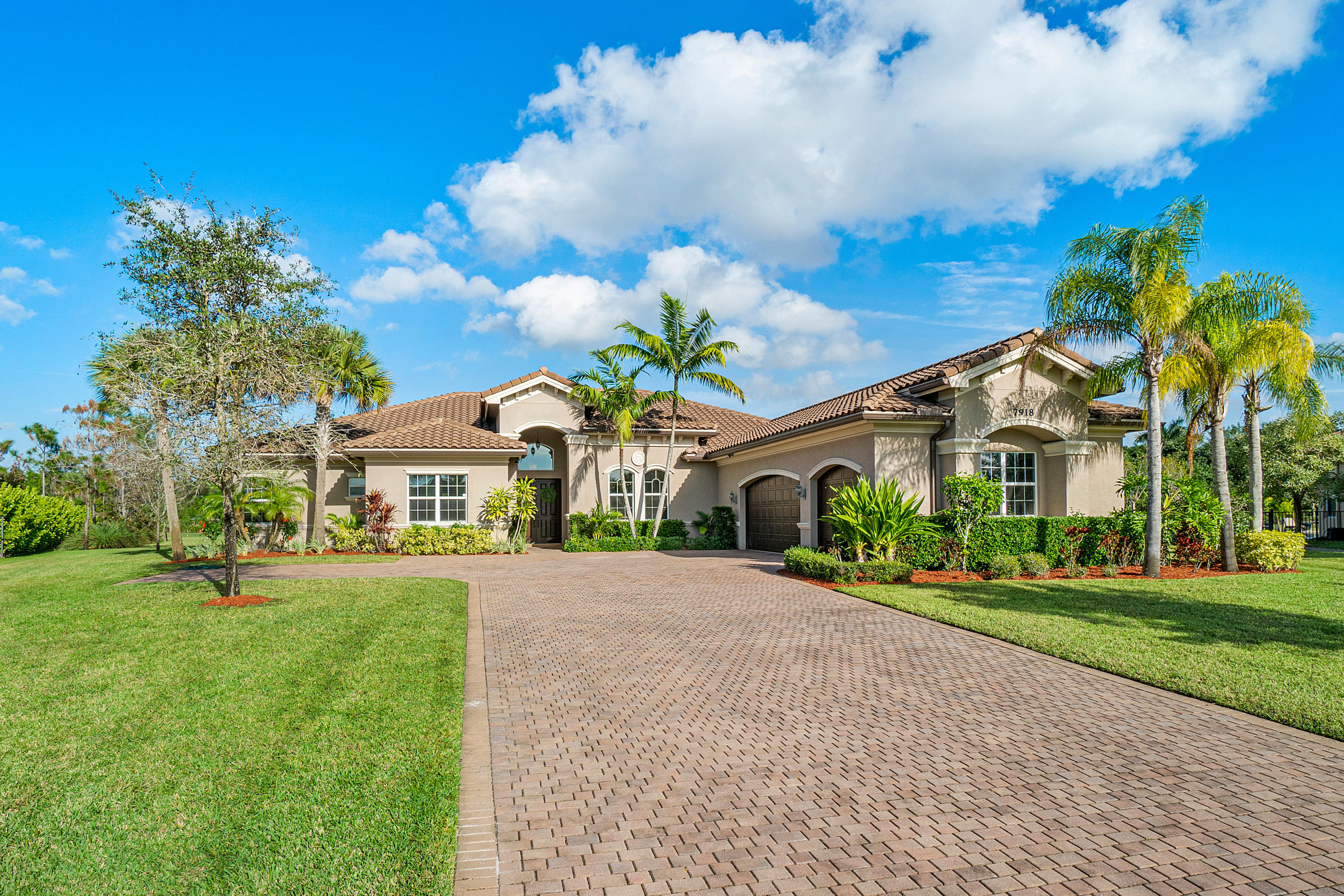 7918 Arbor Crest Way, Palm Beach Gardens, Florida 33412, 4 Bedrooms Bedrooms, ,4.1 BathroomsBathrooms,Single Family,For Sale,The Preserve,Arbor Crest,RX-10590936