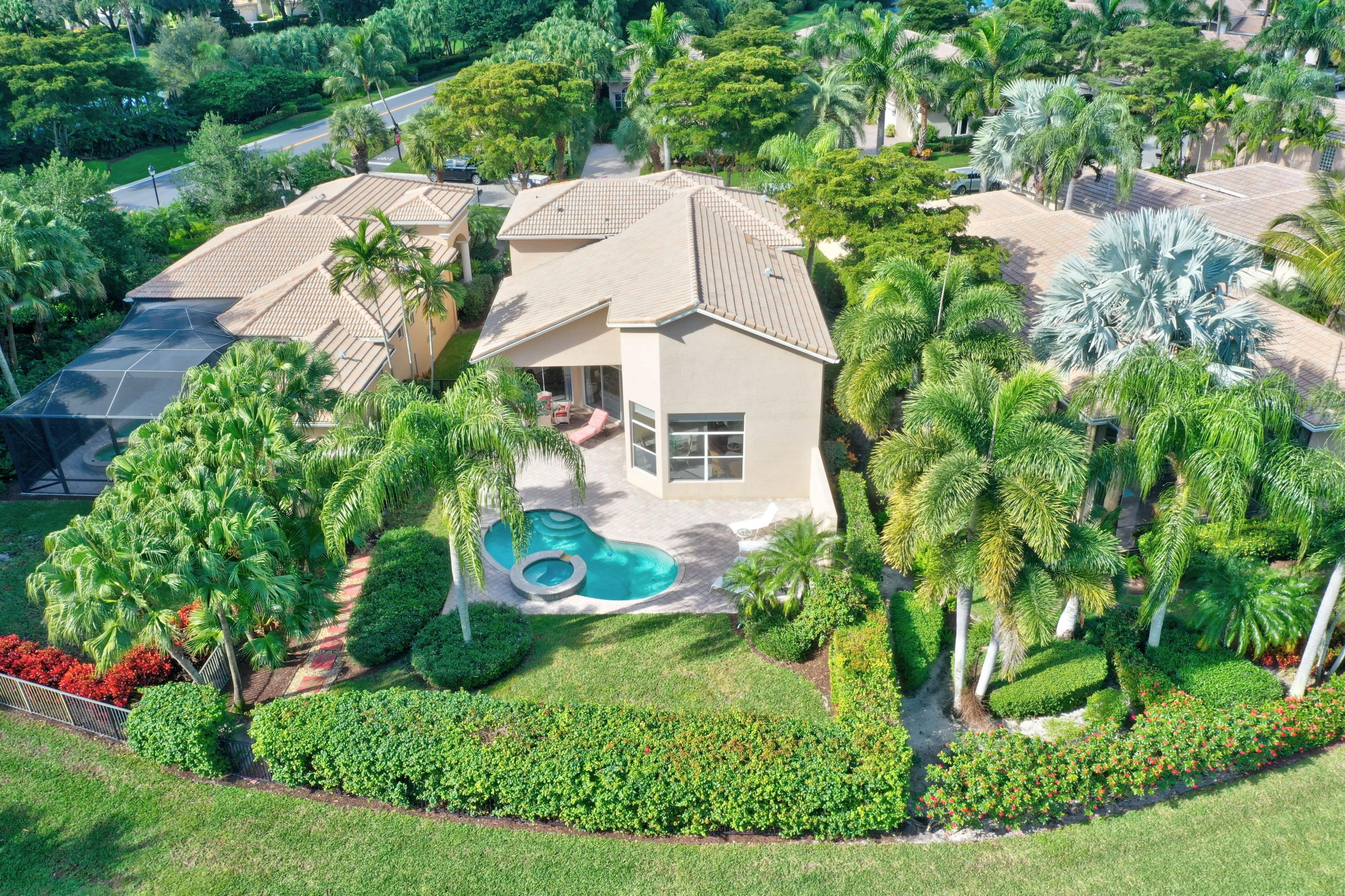 Image 4 For 165 Orchid Cay Drive