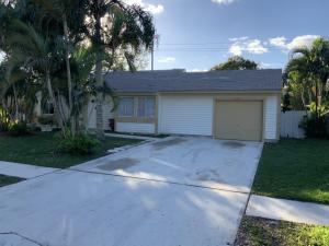 18305 Flagship Circle, Jupiter, FL 33458