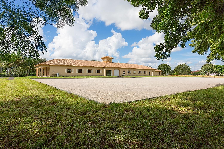 Wellington, Florida 33414, 2 Bedrooms Bedrooms, ,1 BathroomBathrooms,Rental,For Rent,Appaloosa,RX-10590641