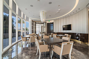 17. Private Dining high-31