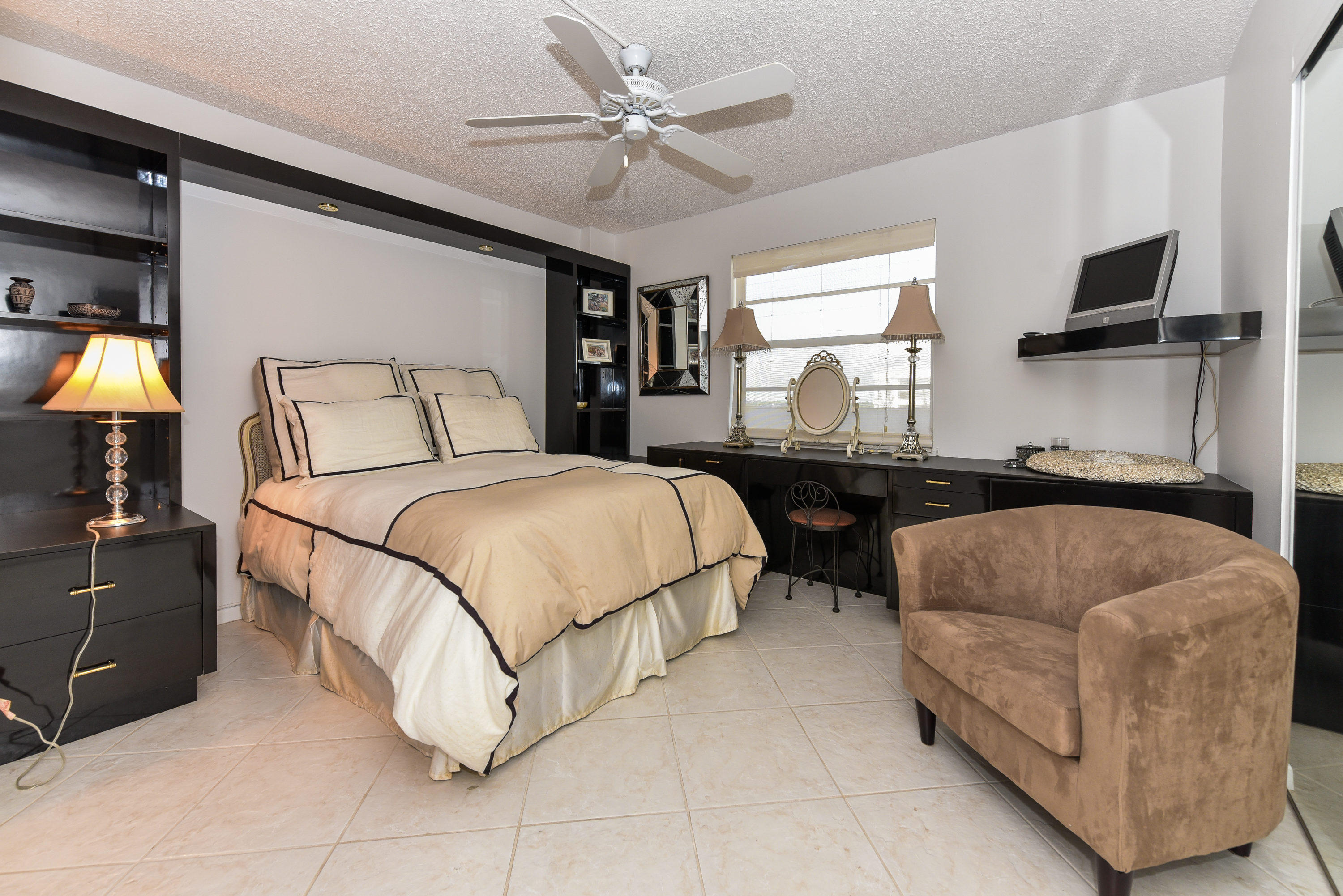 Image 12 For 3581 Ocean Boulevard S 6a