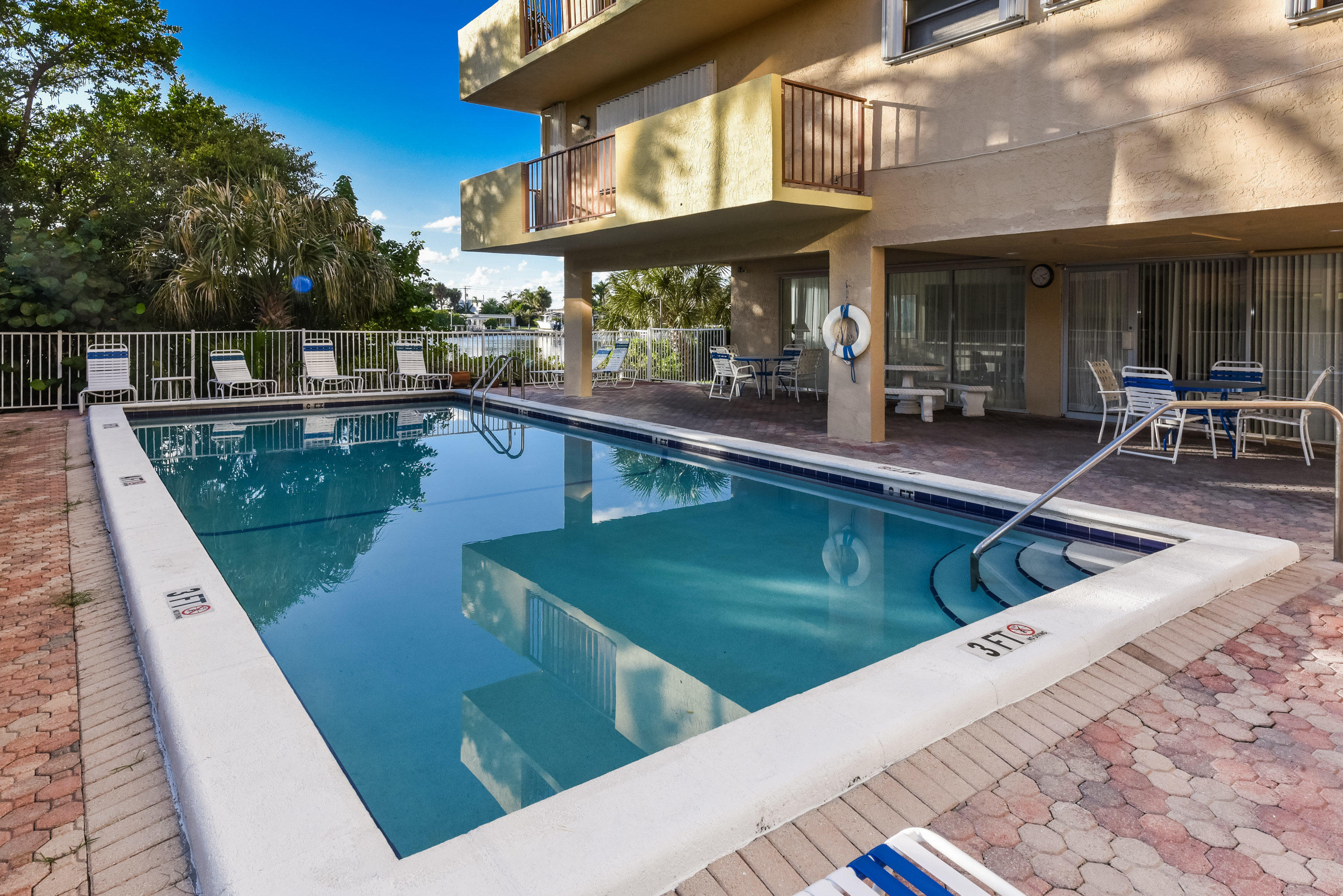 Image 16 For 3581 Ocean Boulevard S 6a