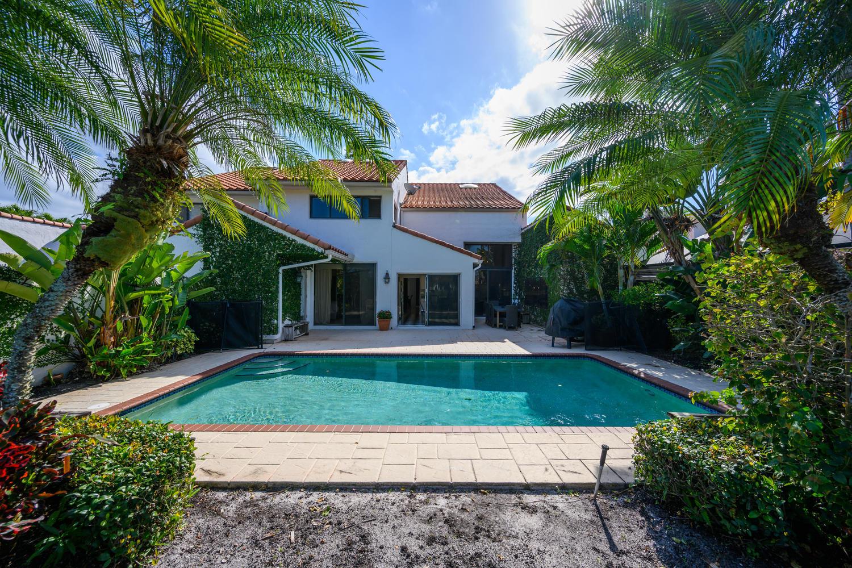 2411 Windsor Way Court, Wellington, Florida 33414, 3 Bedrooms Bedrooms, ,4.1 BathroomsBathrooms,Townhouse,For Rent,Windsor Way,1,RX-10591037