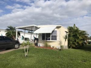 21 Galeria Way, Port Saint Lucie, FL 34952
