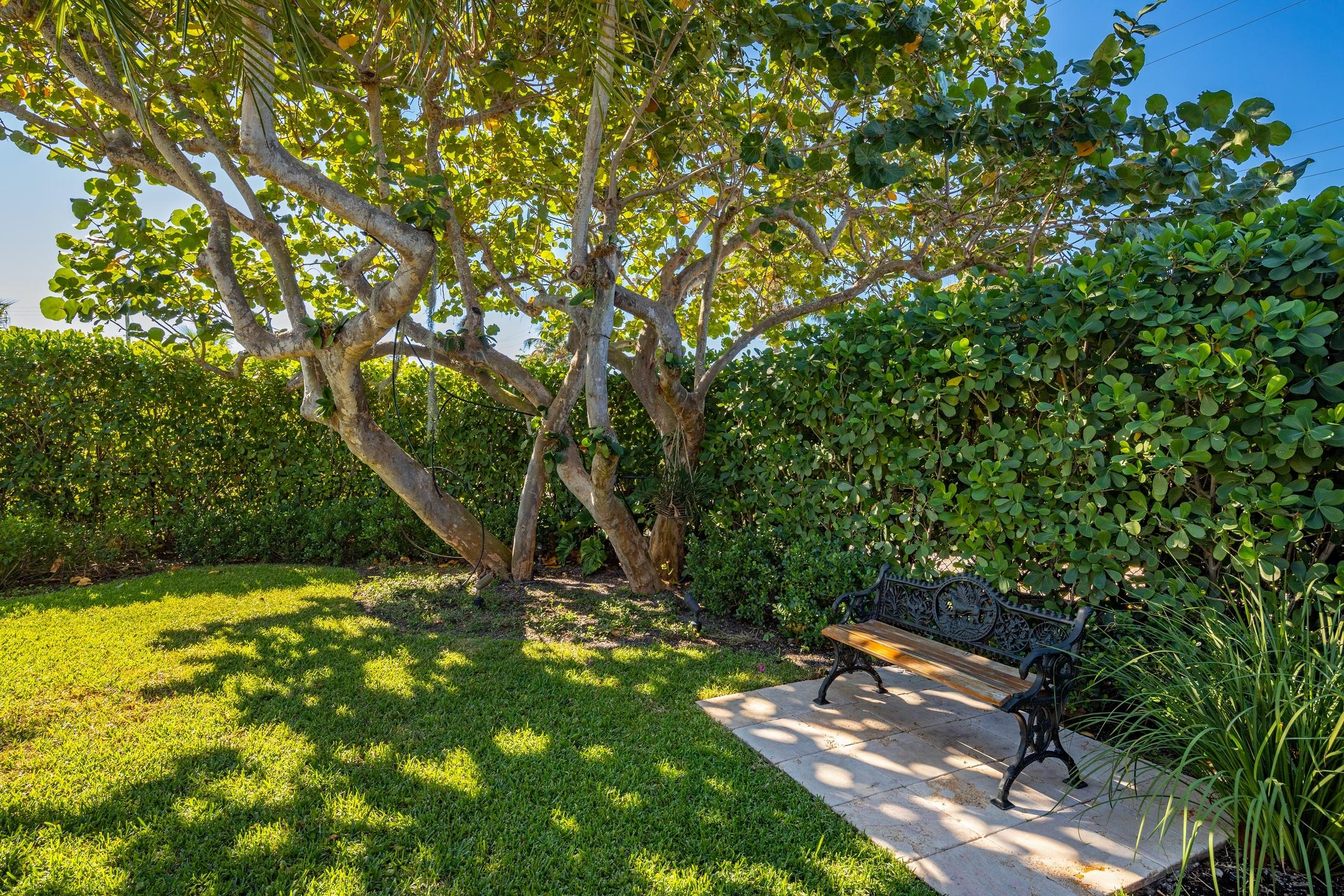 250 Angler Avenue, Palm Beach, Florida 33480, 7 Bedrooms Bedrooms, ,6.2 BathroomsBathrooms,Single Family,For Sale,Angler,RX-10591126