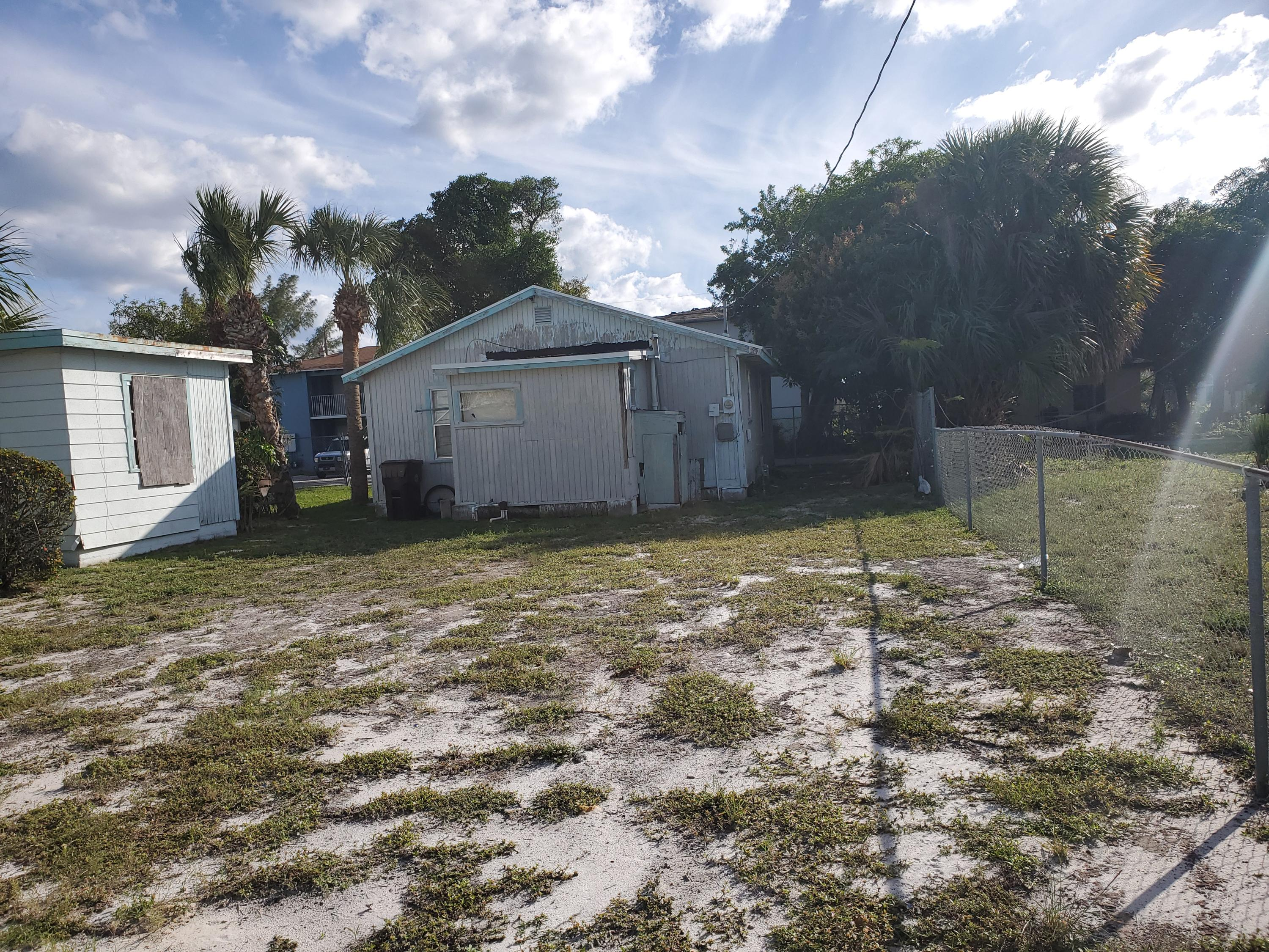 Image 7 For 526 22nd Street