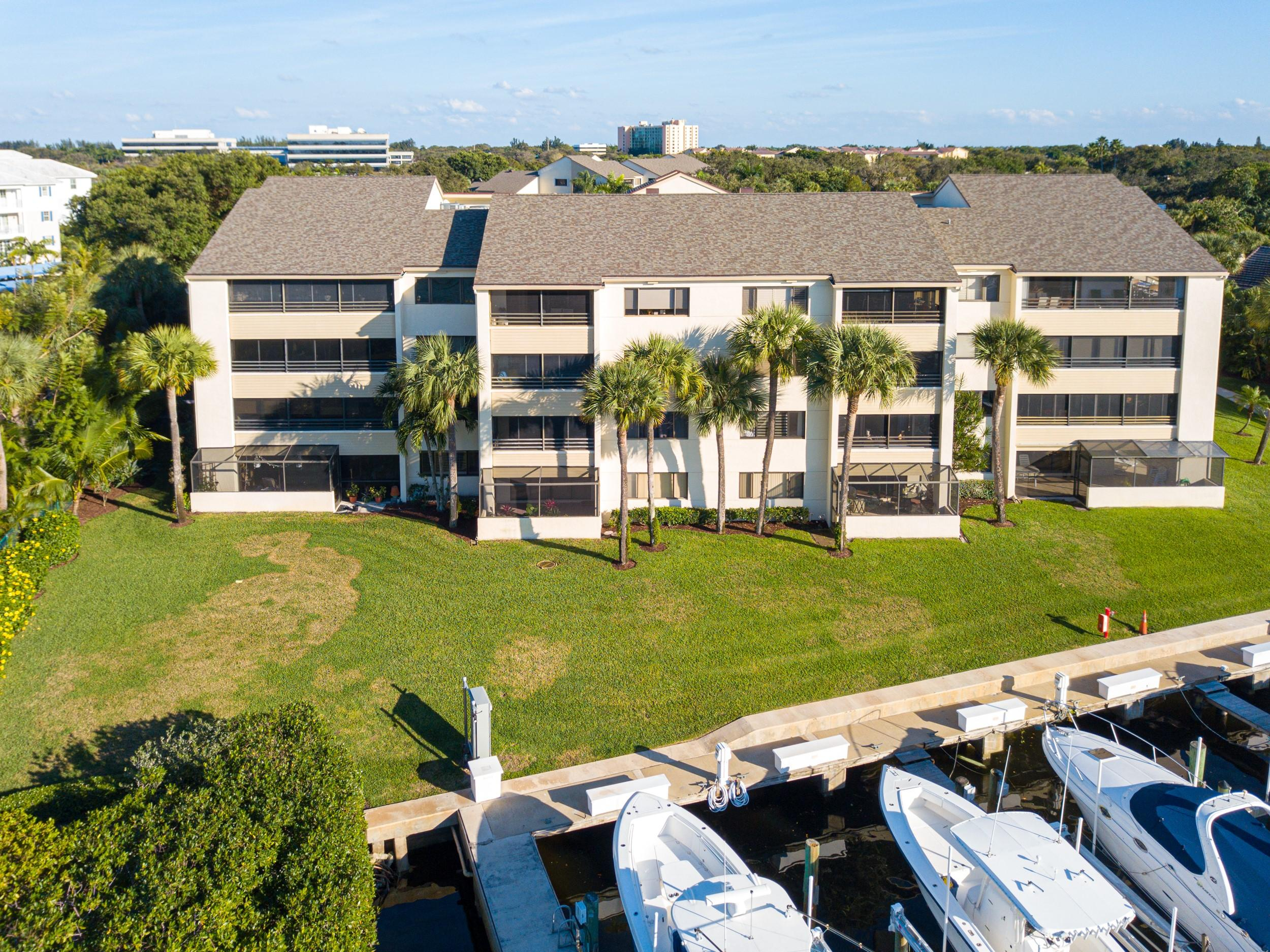 Photo of 544 Oak Harbour Drive, Juno Beach, FL 33408