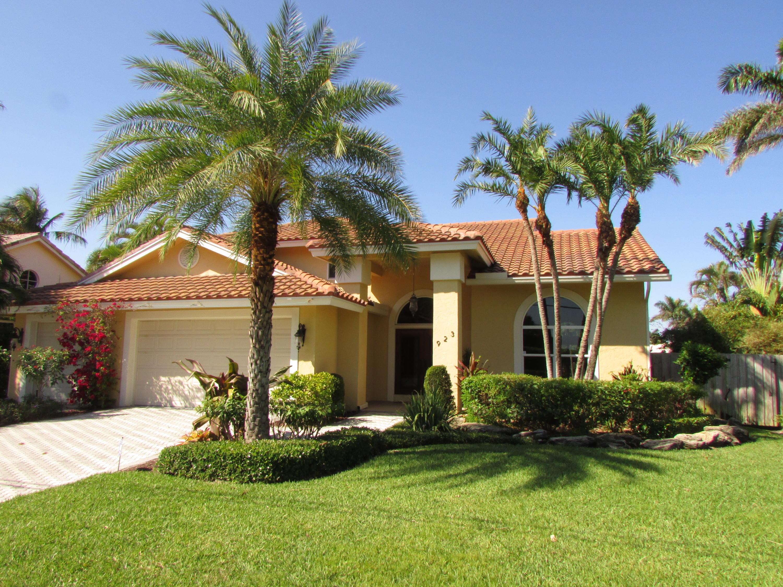 923 Dogwood Drive, Delray Beach, Florida 33483, 4 Bedrooms Bedrooms, ,3 BathroomsBathrooms,Rental,For Rent,Dogwood,RX-10591381