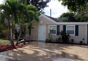 205 Perry Avenue, Greenacres, FL 33463