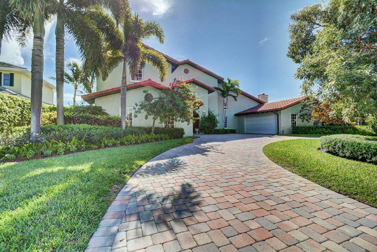 848 Lakeside Drive, North Palm Beach, Florida 33408, 5 Bedrooms Bedrooms, ,4.1 BathroomsBathrooms,Single Family,For Sale,Village of North Palm Beach,Lakeside,RX-10591598