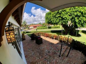 400 Ne 3rd Street Boca Raton FL 33432