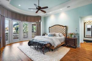 251 W Coconut Palm Road Boca Raton FL 33432