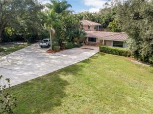 8650 Pioneer, Royal Palm Beach, FL 33411