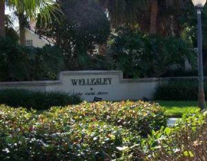 8151 Bridgewater Court, 51b, Lake Clarke Shores, FL 33406