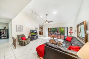 10552 Greenbriar Court Boca Raton FL 33498