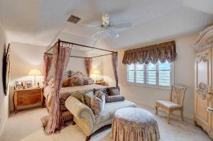 17350 Via Capri Boca Raton FL 33496