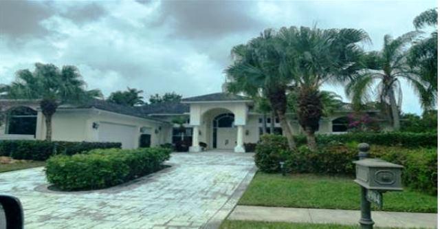 4904 Bocaire Boulevard Boca Raton, FL 33487
