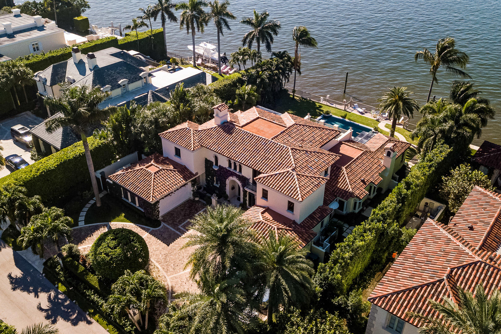 Palm Beach, Florida 33480, 4 Bedrooms Bedrooms, ,3 BathroomsBathrooms,Residential,For Sale,Island,RX-10590885