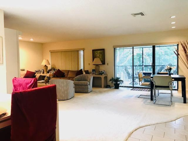 Lovely 2nd Floor Apartment with Beautiful Lake Views. Spacious, Light & Bright. Large Screened Patio with Lake Views and Fabulous Sunsets.New A/C, New Washer &  Dryer, & Refrigerator.Smaller Building... Only 4 units. Short walk to Stratford West Clubhouse.