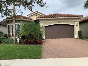 9505 Eden Roc Court, Delray Beach, FL 33446