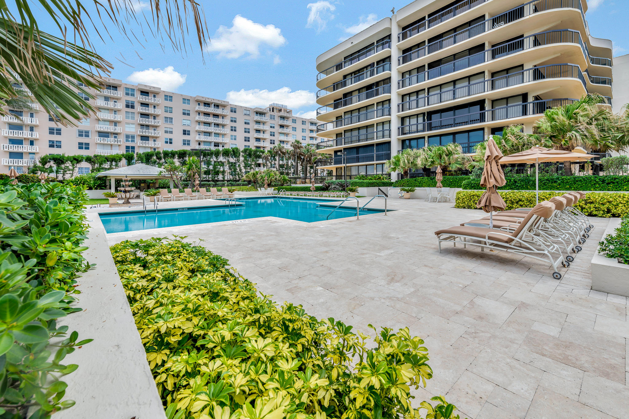 Breathtaking Oceanfront from this south east corner unit. Grand wraparound terrace affords ocean, intracoastal and pool views. The open kitchen upgraded with granite counter tops, stainless steel appliances and wood cabinets. Recently upgraded amenities. 2 Har Tru Tennis Courts, 24 hour doorman. Garage Parking.