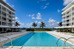 2784 S Ocean Boulevard, 403-N, Palm Beach, FL 33480