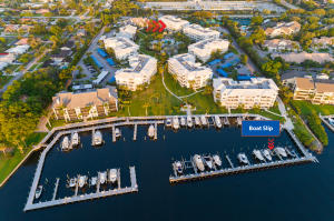 1032 Bay Colony With Slip/16k Lift Drive S, 1032, Juno Beach, FL 33408